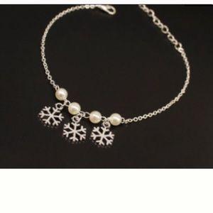 3/$30 Snowflake Charm Bracelet